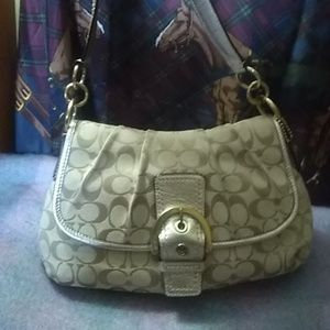 Coach soho signature bag F17071